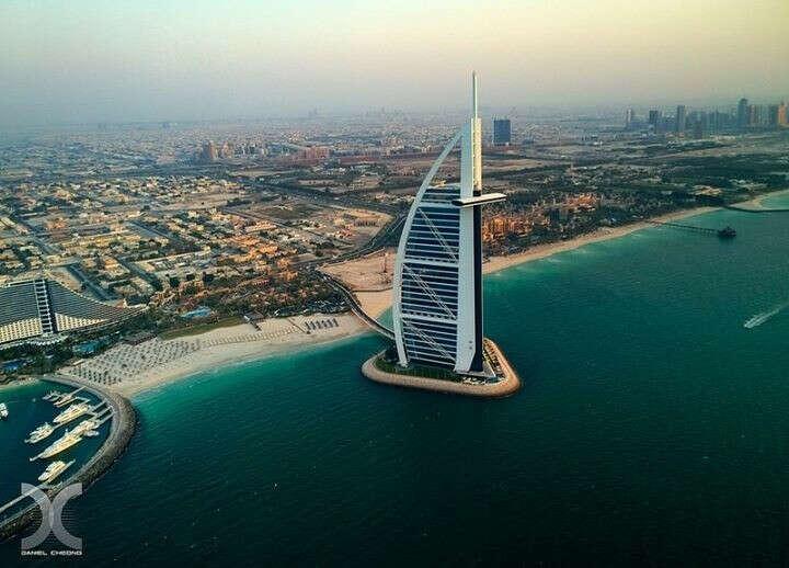 Хочу поехать в Дубаи.