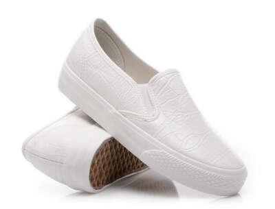 Белые слипоны