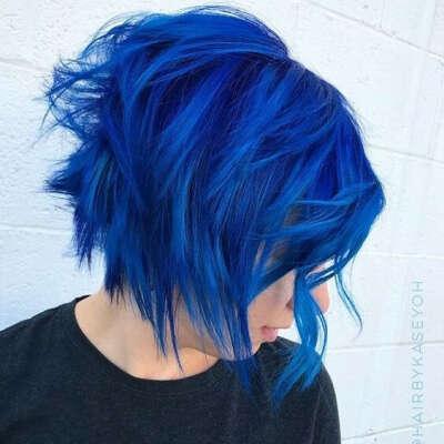 Покрасить волосы в Синий