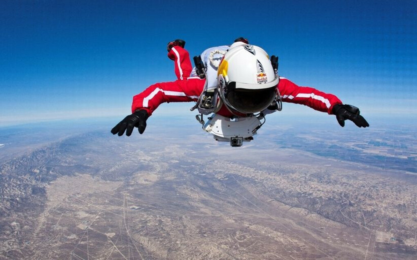 Полет с парашютом