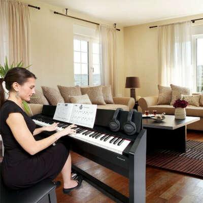 Цифровое пианино (Casio или Yamaha)