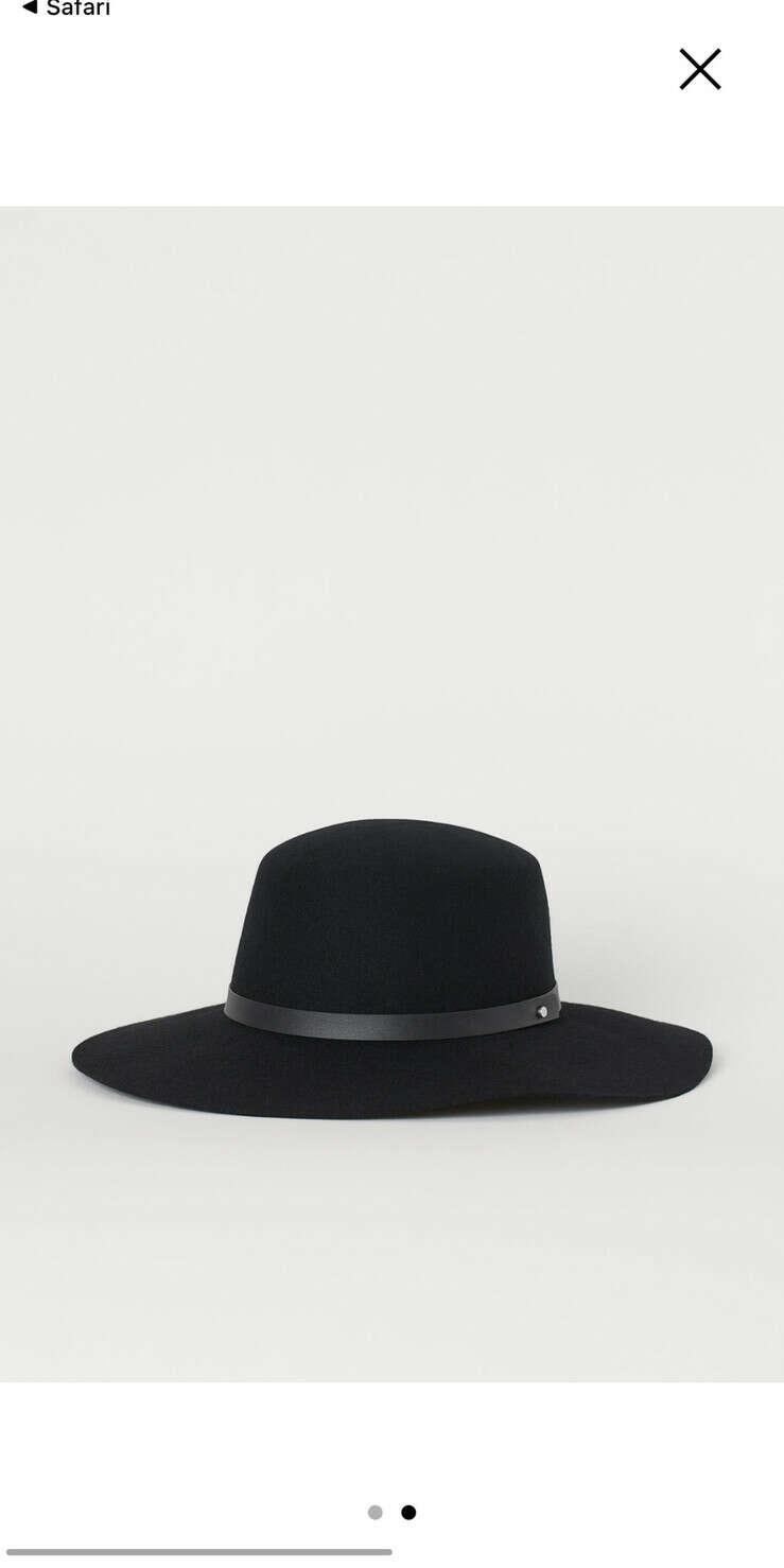 Чёрная шляпа из H&M