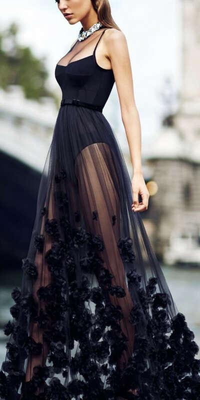 Больше поводов надевать вечернее платье