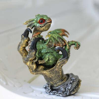 Статуэтка Дракон с руке Зеленый