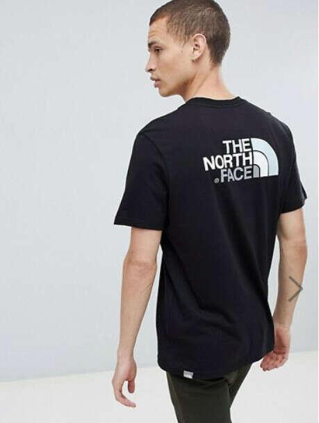 Черная футболка The North Face Easy