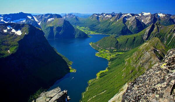Пожить среди фьордов