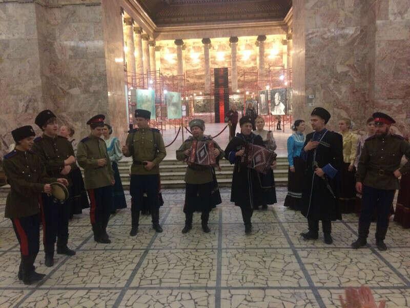 На концерт казачьего хора