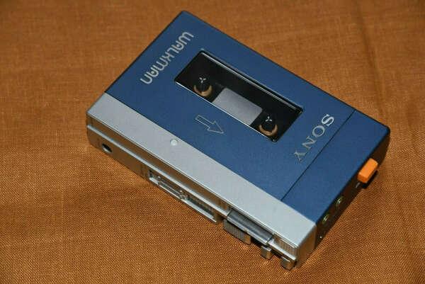 Портативный кассетный аудиоплеер Sony Walkman