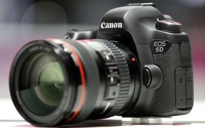 профессиональний фотоапарат