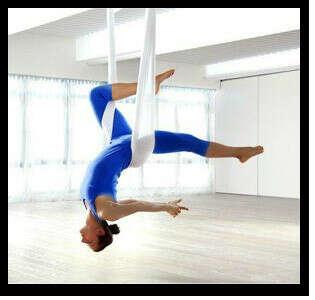 Абонемент на Fly yoga