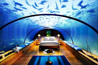 Отдохнуть в отеле Poseidon Undersea Resorts
