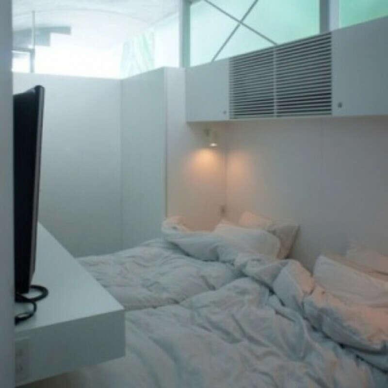 Большую кровать