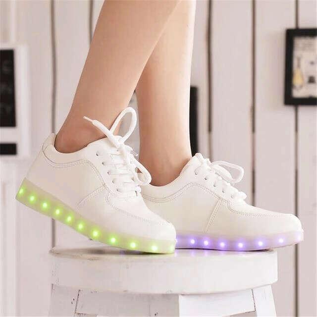 Я хочу светящиеся кроссовки