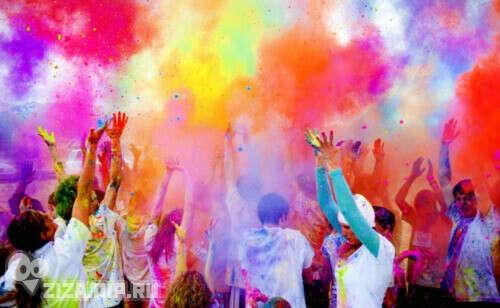 Попасть на настоящий фестиваль красок холи