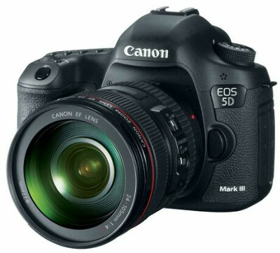Canon EOS 5D Mark III Kit 24-105 (черный)