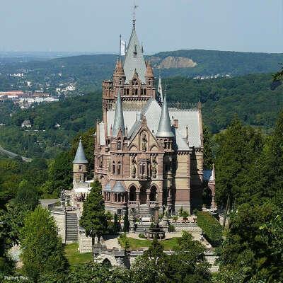 Путешествия по европейским замкам и тихим городкам