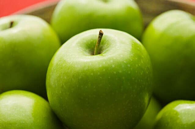 Хочу зеленых яблок.