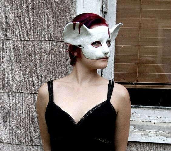 Такая мышка-маска