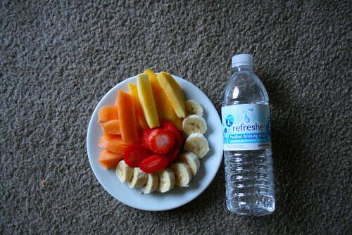 Перейти на правильное питание и отказаться от вредной пищи.