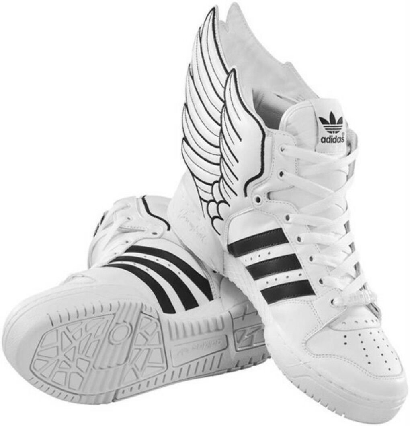 Кроссовки с крылышками