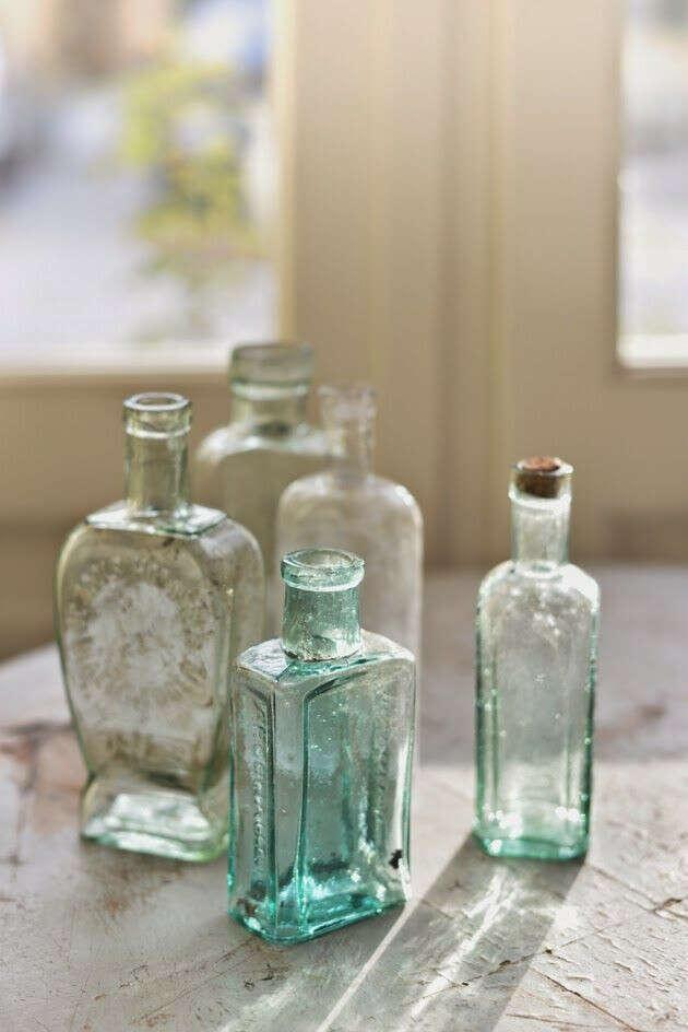 Стеклянные бутылочки