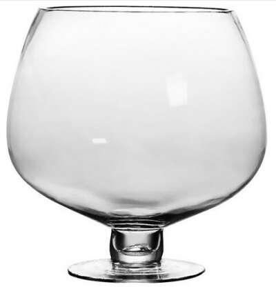 Огромный бокал