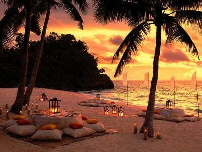 Ужин на берегу океана