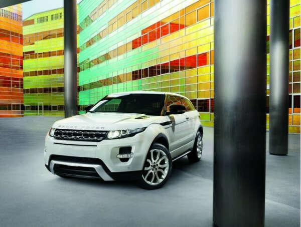 Машину range rover evoque