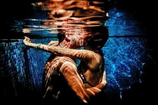 ...поцелуй под водой