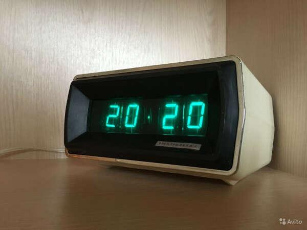 Ламповые часы электроника СССР