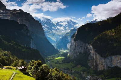 Хочу домик в Долине в горах Швейцарии.