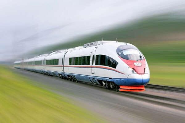Чаще ездить на высокоскоростных поездах