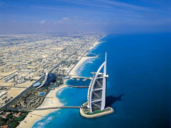 В Дубай