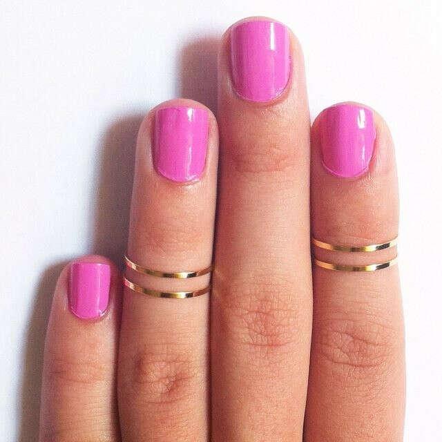 Кольцо на середину пальца