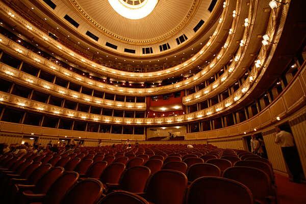 Посетить Венскую оперу