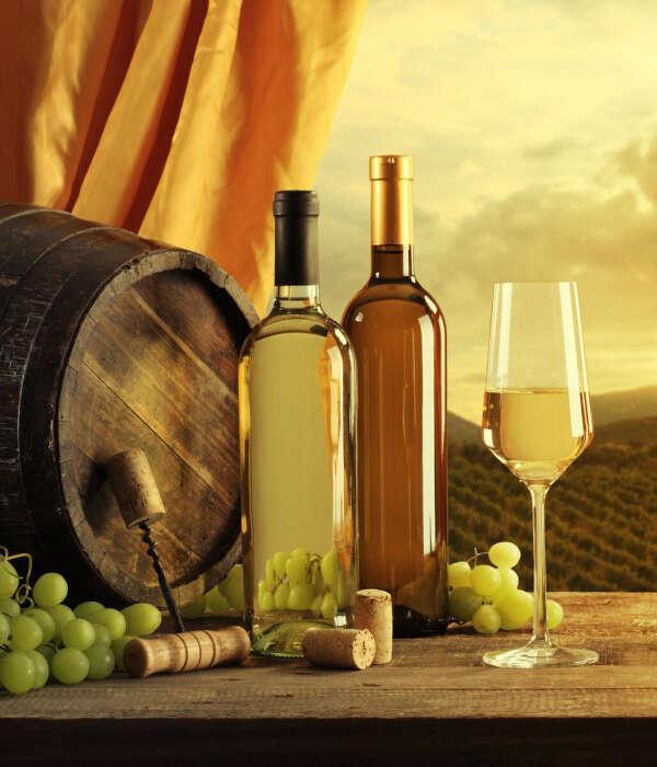 Всегда актуальна бутылочка белого итальянского сухого вина
