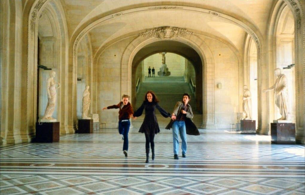 Бегом по Лувру