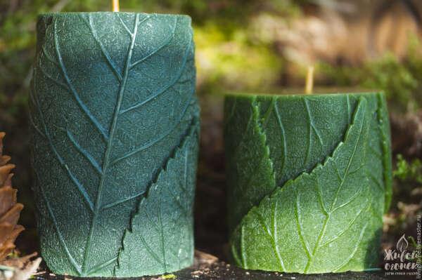 Свеча восковая листья