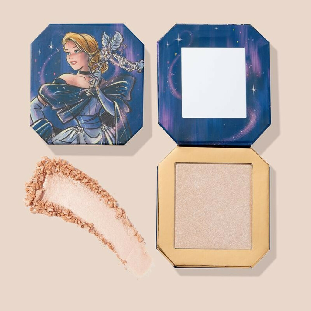Horse & Carriage - Pressed Powder Highlighter