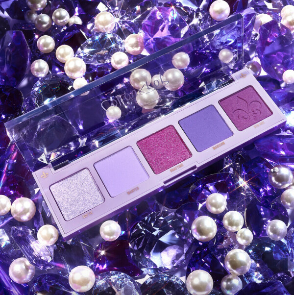 cashmere forever shadow palette