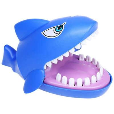 Игра «Кусающаяся акула»