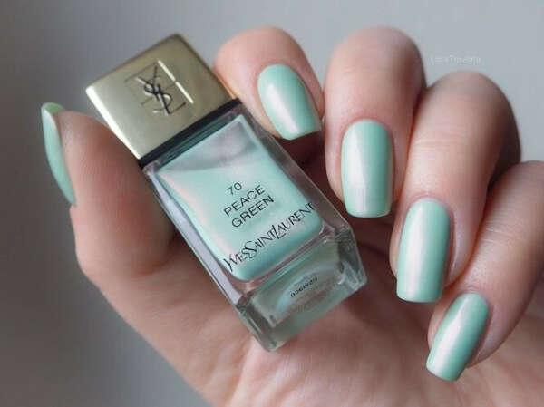 Лак для ногтей YSL Peace Green