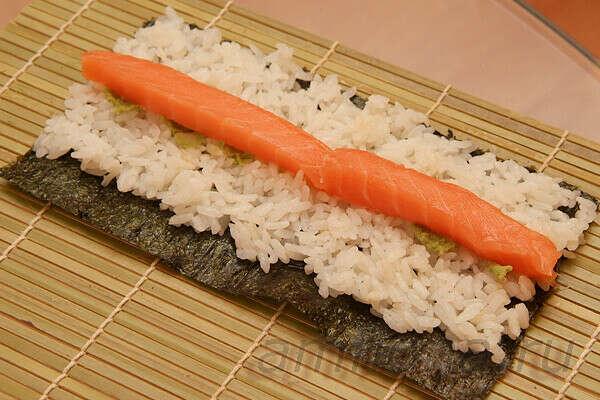 Самому приготовить суши :з