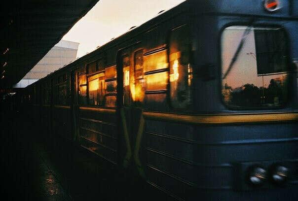 Поехать куда-нибудь на поезде