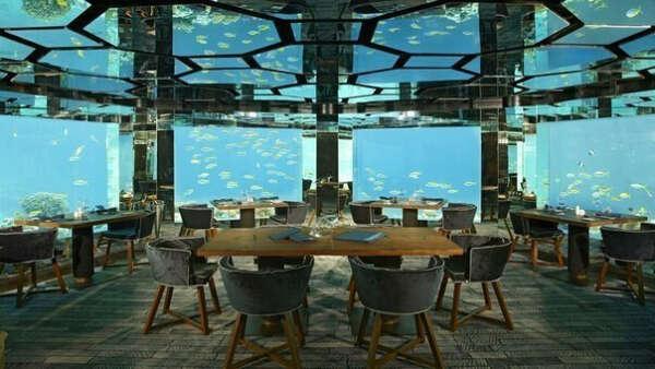 Ресторан под водой, Отель Anantara Kihavah Villas, Мальдивы.