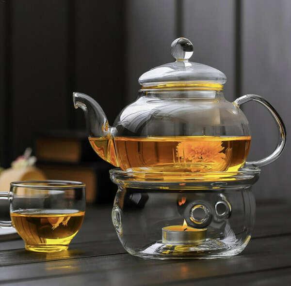 Красивый заварочный чайник с подогревом