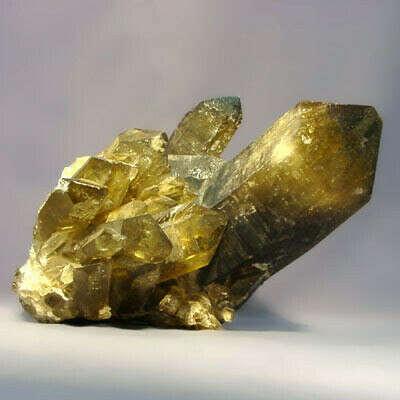 украшения с желтыми камнями: цитрин, топаз, янтарь, циркон.