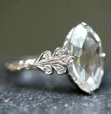 точная копия кольца, которое Наполеон подарил Жозефине