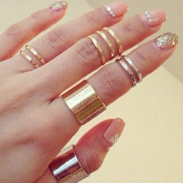 Кольца на фалангах