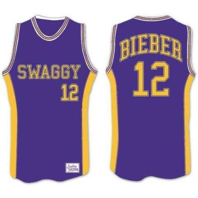 Хочу футболку с надписью Bieber